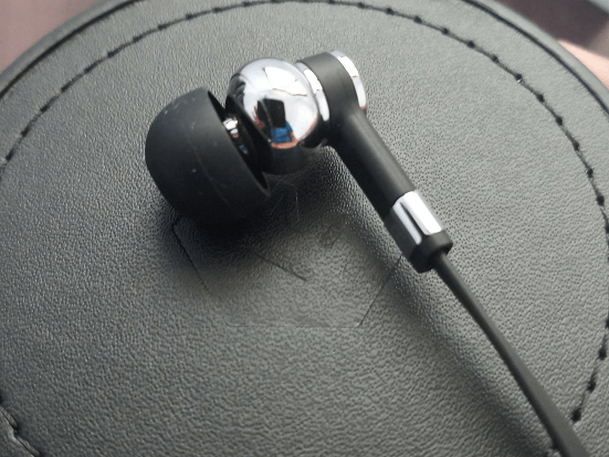 Master & Dynamic ME05 In-Ear Headphones: Review 15